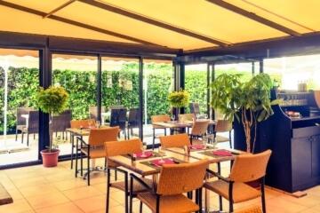 Services du Camping Azur Rivage la salle du restaurant