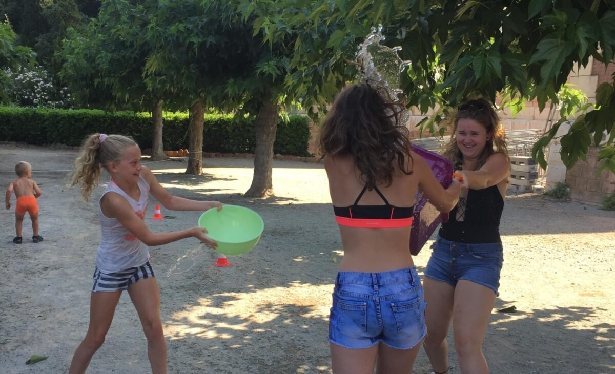 Jeu de Frisbee au Camping Azur Rivage